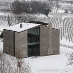 Desain Rumah Minimalis L-Shaped Teolo Italy by Andrea Tognon