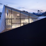 Rumah Minimalis North Facing Void by Future Studio