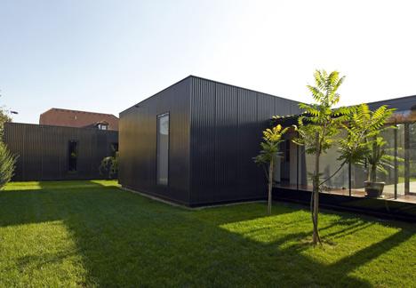 Rumah minimalis Streckhof Reloaded Austria by Franz Architekten